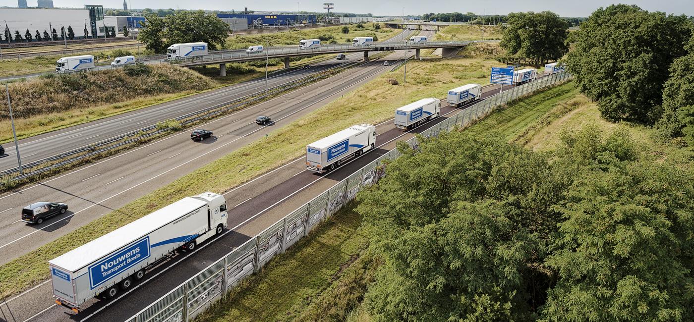 FPF_20170715_Nouwens_Transport_konvooi_snelweg006_plat
